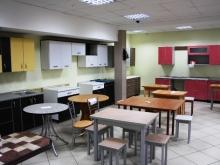 Различная мебель для кухни, столы и стулья, табуреты купить