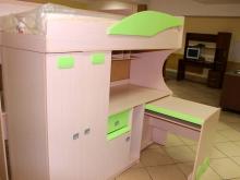 детская кровать 2-х ярусная со столом и шкафом для одежды