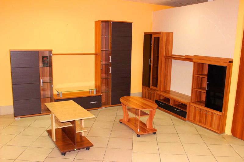 большой выбор мебели для гостиных и зала в Кургане
