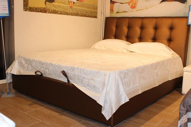 """на заказ итальянская интерьерная кровать из экокожи с подъемным механизмом и коробом для белья в \""""Шарман\"""""""