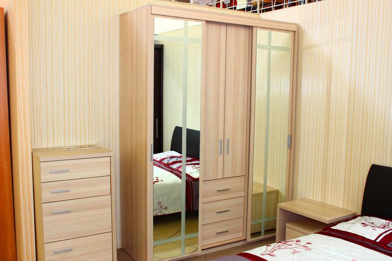 мебель для спальни удобная и красивая