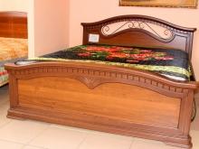 деревянные большие кровати