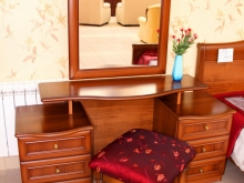 красивая классическая мебель для спальни в Кургане
