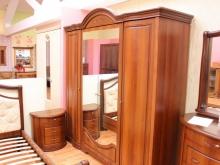 классическая мебель для спальни фото большой выбор