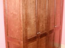 в спальню шкаф 4-х дверный для одежды из массива березы карельской