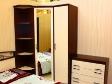 мебель для спальни: кровать, комод, туалетный столик, шкаф, зеркало