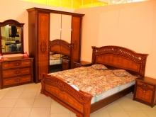 классическая красивая мебель для спальни