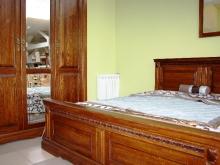 Кровати и шкафы в спальню