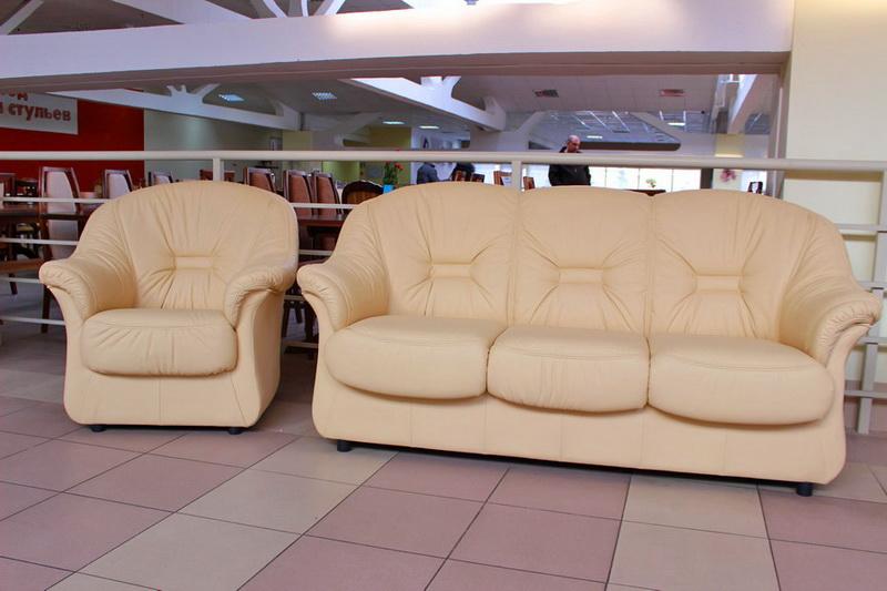 достойные диваны в мебельном центре
