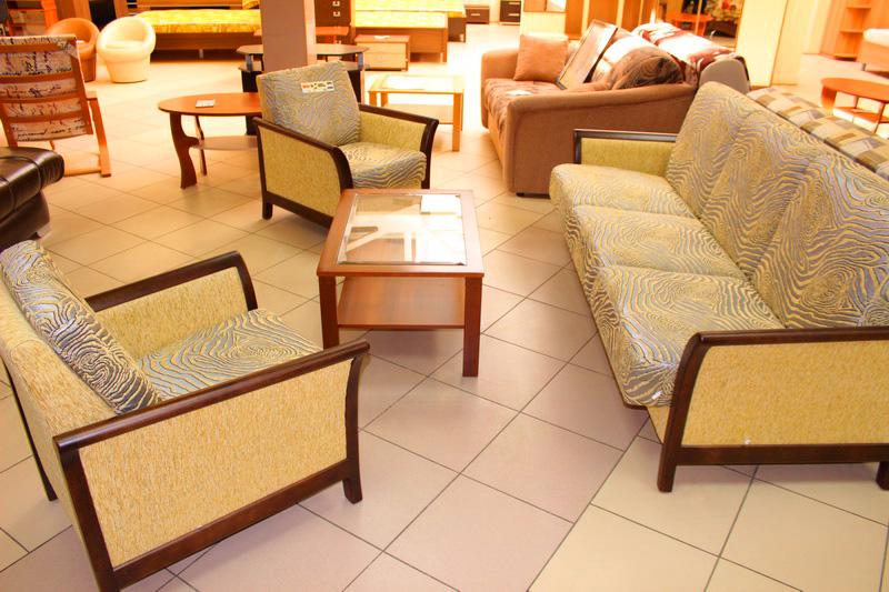 различные наборы мягкой мебели