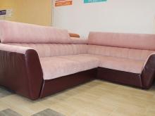 угловой розовый диван