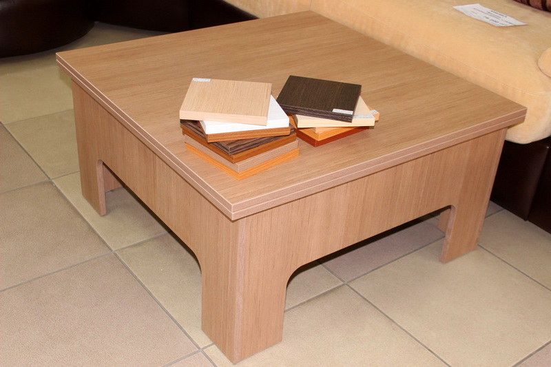 стол - трансформер низкий