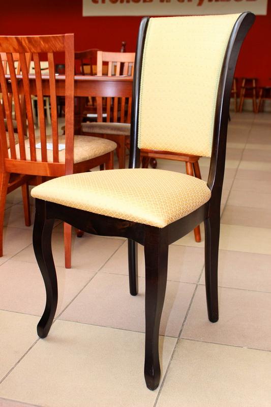 стул с гнутыми ножками