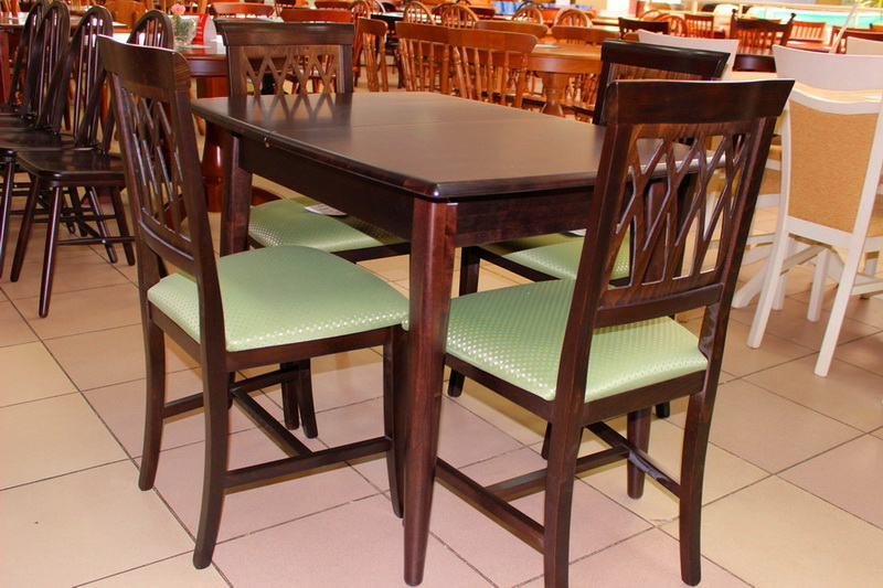 стол и стулья цвета венге черный