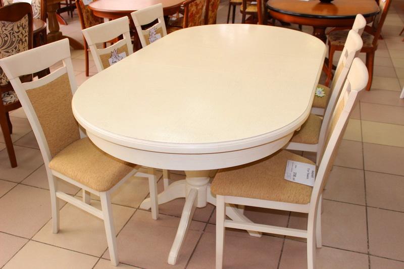 дубовый стол цвета слоновая кость