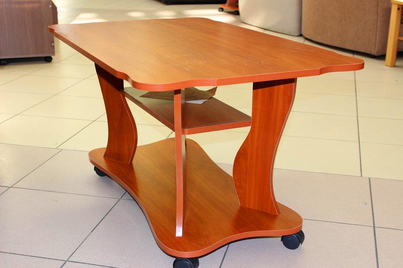 передвижной журнальный стол на колесиках роликах