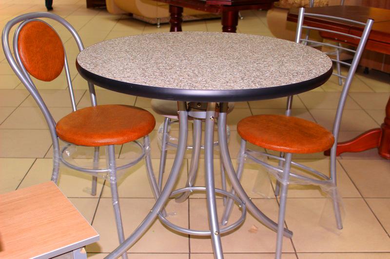 кухонный стол и стулья от производителя