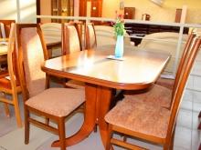 город столов и стульев