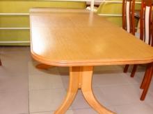 раздвижной стол с закругленными углами