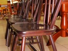 столы и стулья для кафе и ресторанов в Кургане