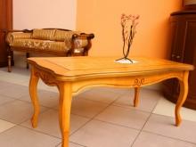 деревянный журнальный стол каталог фото