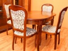 большой выбор обеденных столов и стульев