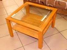 журнальный стол со стеклом и полкой